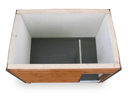 Isolierte Hütte mit Vorraum und Zwischenwand zum Herausnehmen